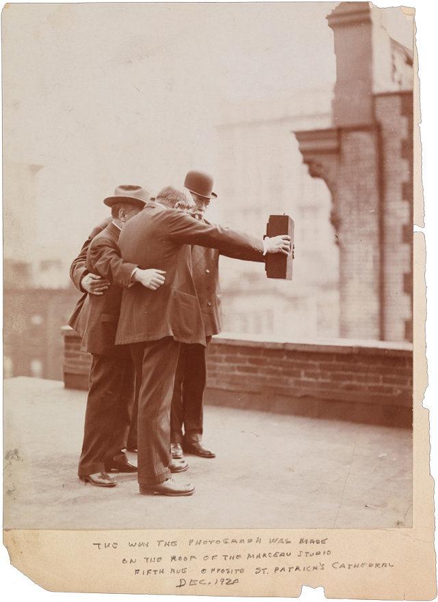 3026832-inline-i-vintage-selfie-1920-1